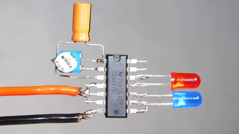 Dual LED Flasher Circuit With CD4047